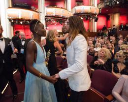Lupita Nyong'o 86�me C�r�monie des Oscars 2014 photo 8 sur 22