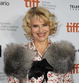 Les Beaux jours Fanny Ardant - Présentation du film Les Beaux Jours - Toronto 2013 photo 10 sur 16