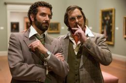 photo 14/53 - Bradley Cooper, Christian Bale - American Bluff - © Metropolitan Film