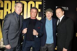 photo 47/61 - Peter Segal, Sylvester Stallone, Robert De Niro, Bill Gerber - Match Retour - © Warner Bros