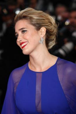 Vahina Giocante Montée des marches Gatsby le Magnifique - Cannes 2013 photo 2 sur 69