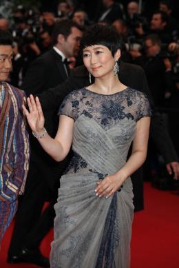 Zhao Tao Montée des marches Gatsby le Magnifique - Cannes 2013 photo 9 sur 15
