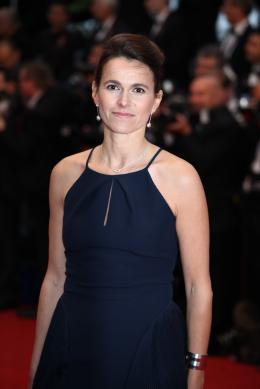 Aurélie Filippetti Montée des marches Gatsby le Magnifique - Cannes 2013 photo 3 sur 3