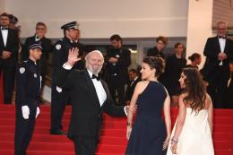 Aur�lie Filippetti Mont�e des marches Gatsby le Magnifique - Cannes 2013 photo 2 sur 3
