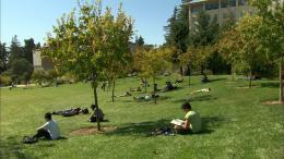 At Berkeley photo 1 sur 12