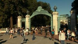 At Berkeley photo 7 sur 12