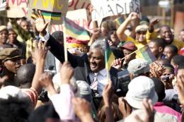 photo 12/32 - Idris Elba - Mandela : Un long chemin vers la liberté - © Pathé Distribution