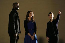 photo 6/31 - J. August Richards, Amy Acker, Elizabeth Henstridge - Marvel : Les agents du S.H.I.E.L.D. - Saison 1 - © ABC