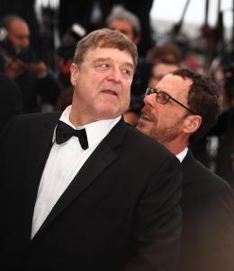 photo 37/40 - John Goodman et Ethan Coen - Présentation de Inside Llewyn Davis - Cannes 2013 - Inside Llewyn Davis - © Isabelle Vautier pour CommeAuCinema.com