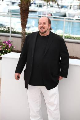 photo 8/13 - James Toback - Photocall du film Seduced and abandoned - Cannes 2013 - Seduced And Abandoned - © Isabelle Vautier pour CommeAuCinema.com