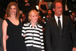 photo 16/30 - Chiara Mastroianni, Claire Denis et Vincent Lindon - Présentation du film La Grande Bellezza - Cannes 2013 - Les Salauds - © Isabelle Vautier pour CommeAuCinema.com