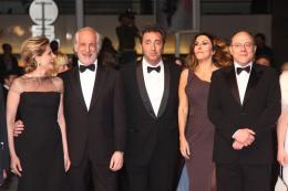 La Grande Bellezza Isabella Ferrari, Toni servillo, Paolo Sorrentino, Sabrina Ferrili et Carlo Verdone - Présentation du film La Grande Bellezza - Cannes 2013 photo 8 sur 12