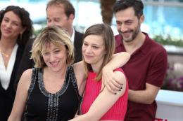 photo 39/50 - Valeria Bruni-Tedeschi et Céline Salette - Photocall de Un Château en Italie - Cannes 2013 - Un château en Italie - © Isabelle Vautier pour CommeAuCinema.com