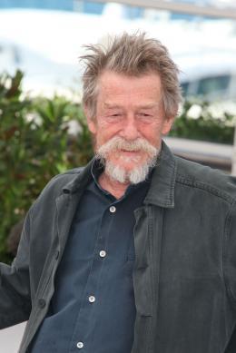 John Hurt Photocall du film Only Lovers Left Alive - Cannes 2013 photo 7 sur 58