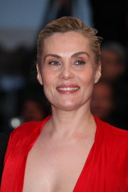 Emmanuelle Seigner Présentation du film La Venus à la Fourrure - Cannes 2013 photo 4 sur 95