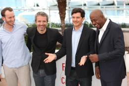 photo 17/36 - Conrad Kemp, Jérome Salle, Orlando Bloom et Forest Whitaker - Photocall du film Zulu - Cannes 2013 - Zulu - © Isabelle Vautier pour CommeAuCinema.com