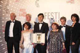 Ilo Ilo Anthony Chen, Régis Wargnier et Agnès Varda - Dîner de clôture du Festival de Cannes 2013 photo 4 sur 4