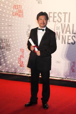 photo 17/17 - Hirokazu Koreeda - Dîner de clôture du Festival de Cannes 2013 - Tel Père, tel fils - © Isabelle Vautier pour CommeAuCinema.com