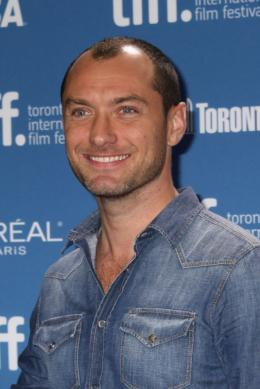 Jude Law Pr�sentation du film Dom Hemingway - Toronto 2013 photo 10 sur 239