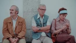 photo 2/10 - Valérie Donzelli, Patrick Lapp, Michel Vuillermoz - Les Grandes Ondes (à l'ouest) - © Happiness Distribution