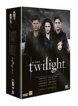 photo 1/2 - Twilight - L'Intégrale (Coffret 5 films) - © M6 Vidéo