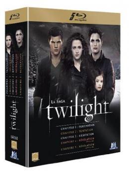 photo 2/2 - Twilight - L'Intégrale (Coffret 5 films) - © M6 Vidéo
