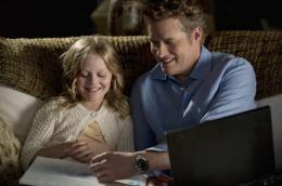 Revenge Emily Alyn Lind, James Tupper photo 6 sur 11