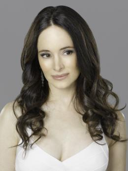 Revenge Madeleine Stowe photo 9 sur 11