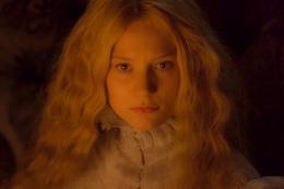 photo 15/75 - Mia Wasikowska - Crimson Peak - © Universal Pictures International