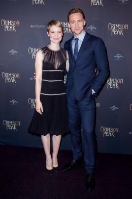 Tom Hiddleston Avant-premi�re de Crimson Peak � Paris photo 10 sur 100