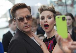 photo 82/122 - Robert Downey Jr - Avant-première à Londres - Avengers : L'Ère d'Ultron - © Getty Images - Disney