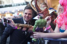 photo 80/122 - Mark Ruffalo - Avant-première à Londres - Avengers : L'Ère d'Ultron - © Getty Images - Disney