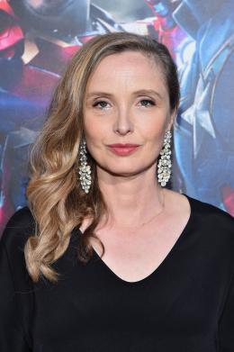 photo 37/122 - Julie Delpy - Avant-première à Los Angeles - Avengers : L'Ère d'Ultron - © Getty Images - Disney