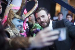photo 85/122 - Chris Evans - Avant-première à Londres - Avengers : L'Ère d'Ultron - © Getty Images - Disney
