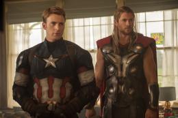 photo 18/122 - Chris Evans, Chris Hemsworth - Avengers : L'Ère d'Ultron - © Walt Disney Studio Motion Pictures France