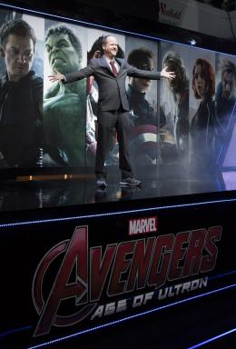 Joss Whedon Avengers : L'�re d'Ultron - Avant-premi�re � Londres photo 1 sur 15