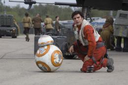 Oscar Isaac Star Wars - Le R�veil de la Force photo 8 sur 65