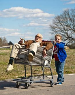 photo 11/43 - Johnny Knoxville, Jackson Nicholl - Bad Grandpa - © Paramount