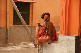 photo 5/13 - Suraj Baba - S�dhu - © Urban Distribution