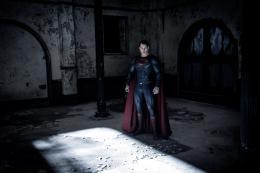 Henry Cavill Batman V Superman : L'Aube de la justice photo 2 sur 70