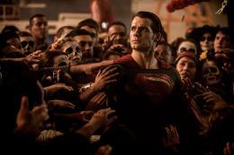 Henry Cavill Batman V Superman : L'Aube de la justice photo 4 sur 70