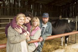 photo 6/19 - Louane Emera, Luca Gelberg, Karin Viard, Fran�ois Damiens - La Famille B�lier - © Mars Distribution