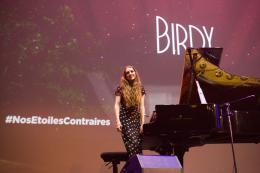 photo 14/25 - Birdy - Avant-premi�re � Paris - Nos �toiles Contraires - © 20th Century Fox