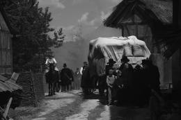 photo 4/9 - Heimat 2 - L'Exode - © Les Films du Losange