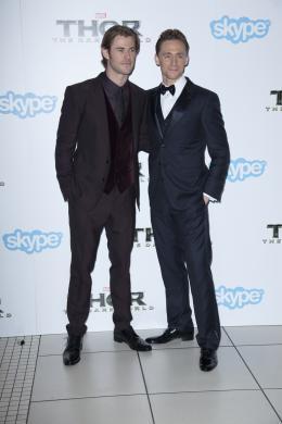 photo 90/143 - Chris Hemsworth et Tom Hiddleston - Avant-première du film Thor le Monde des Ténèbres, Londres 2013 - Thor - Le Monde des Ténèbres - © Walt Disney Studios Motion Pictures France
