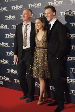 Alan Taylor Avant-première du film Thor le Monde des Ténèbres, Paris 2013 photo 5 sur 11