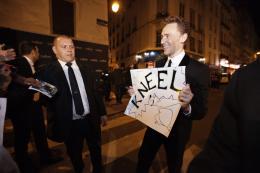 photo 120/143 - Tom Hiddleston - Avant-première du film Thor le Monde des Ténèbres, Paris 2013 - Thor - Le Monde des Ténèbres - © Walt Disney Studios Motion Pictures France