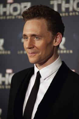 photo 114/143 - Tom Hiddleston - Avant-première du film Thor le Monde des Ténèbres, Paris 2013 - Thor - Le Monde des Ténèbres - © Walt Disney Studios Motion Pictures France