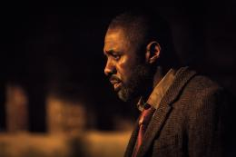 photo 6/6 - Luther - Saison 3 - © Studio Canal