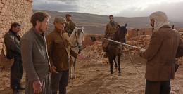 photo 5/13 - Viggo Mortensen, Reda Kateb - Loin des Hommes - © Path� Distribution